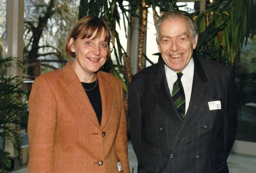 csm_068_Angela_Merkel_Umweltministerin__MK_Nov._1997_0b9b3be060